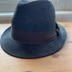 Black Fedora Hat 🖤 2/$25